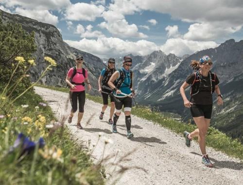 2015-07-01_Nachbericht-Trailrunning-Camp4©sportalpen-960x540